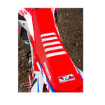 _Tj seat cover with ripples Honda CRF 450 R 17 USA Red-White | ST17CRFBTSR | Greenland MX_